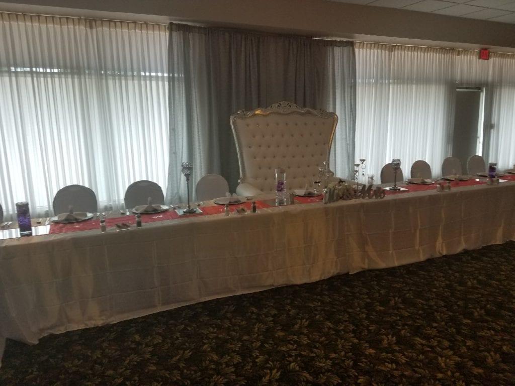 noggin reception head table