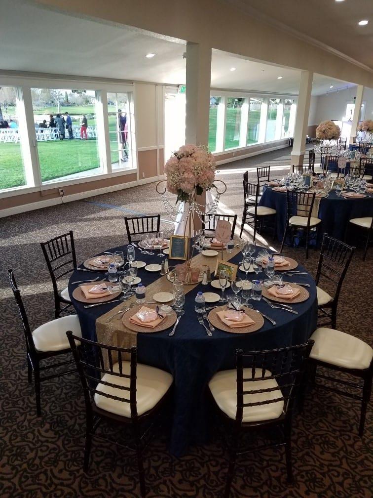 tyra reception table